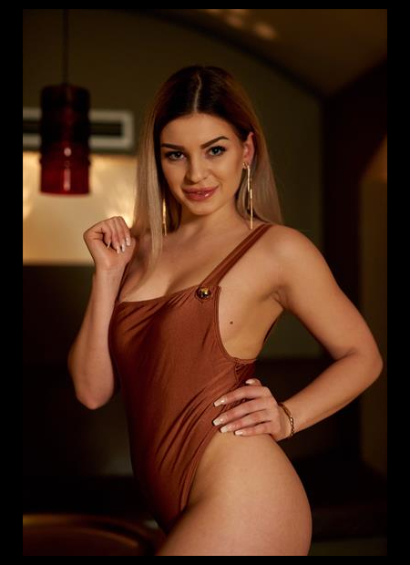 Escort  Sheyla from Hong Kong
